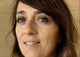 Stéphanie Bombois est neurologue, directrice du Centre National 'Malades Alzheimer Jeunes' – Salpêtrière